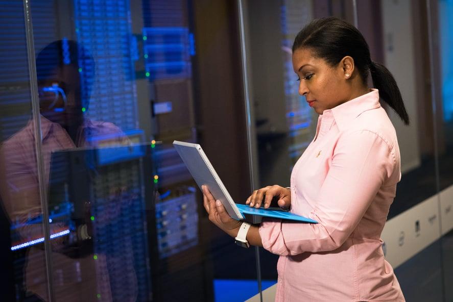 Build modern data platform with Apache Hadoop (data lakes)-1