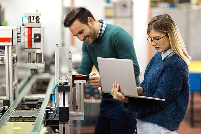 Why ECM is crucial to Manufacturing 4.0-1